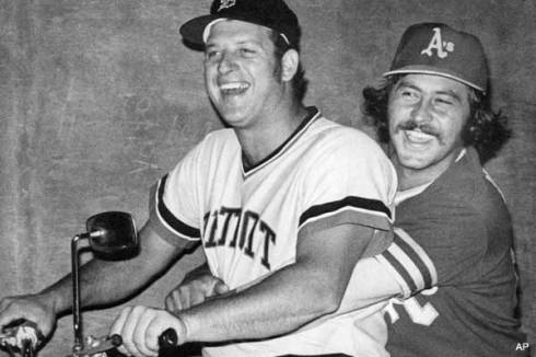 Mickey+Lolich+and+Catfish+Hunter+1972+ALCS.jpg